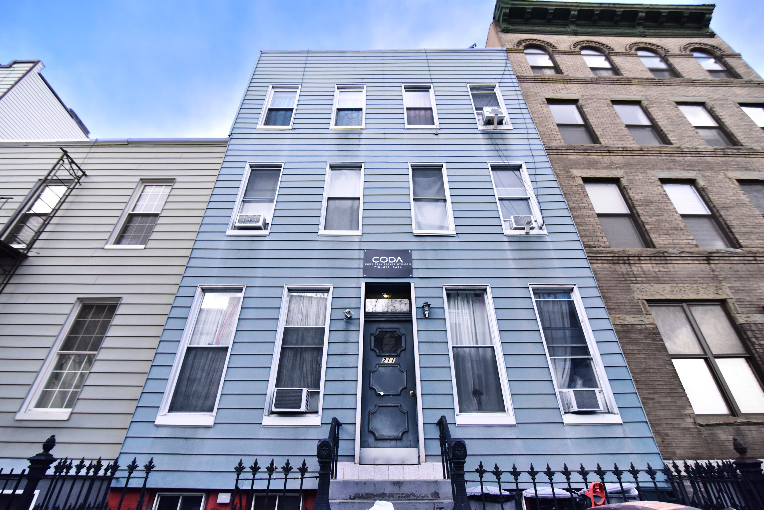 Sold | Greenpoint | 6 Fam | 1,300,000