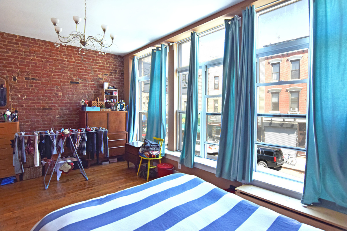 Greenpoint | 2 Bed | 1 Bath