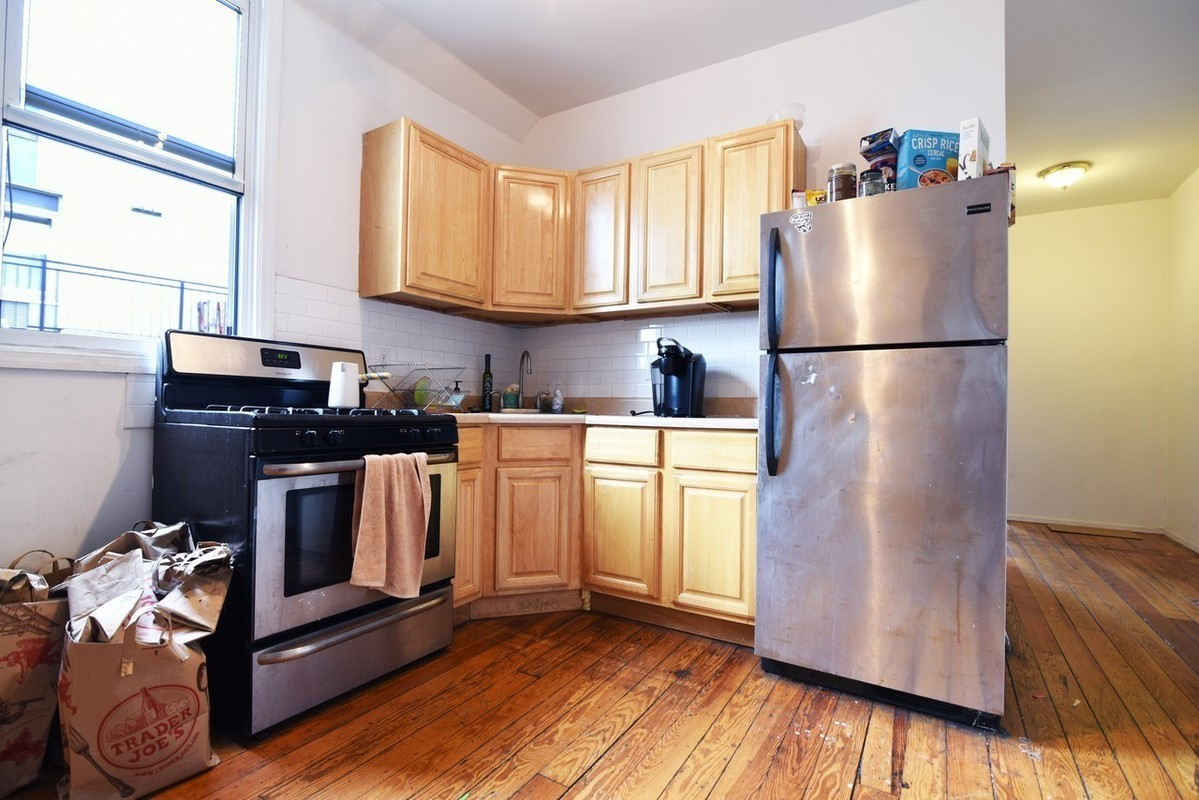 Williamsburg | 4 Bed | 2 Bath