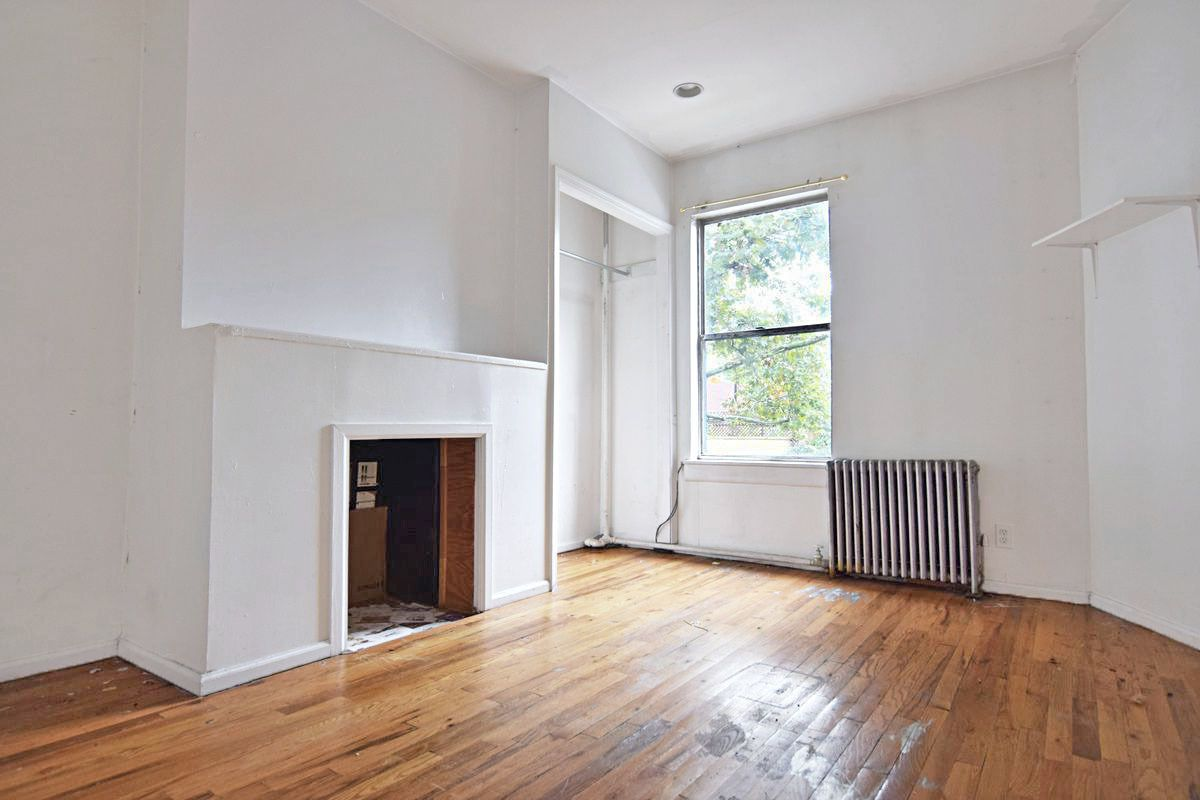 Greenpoint | 3 Bed | 1 Bath
