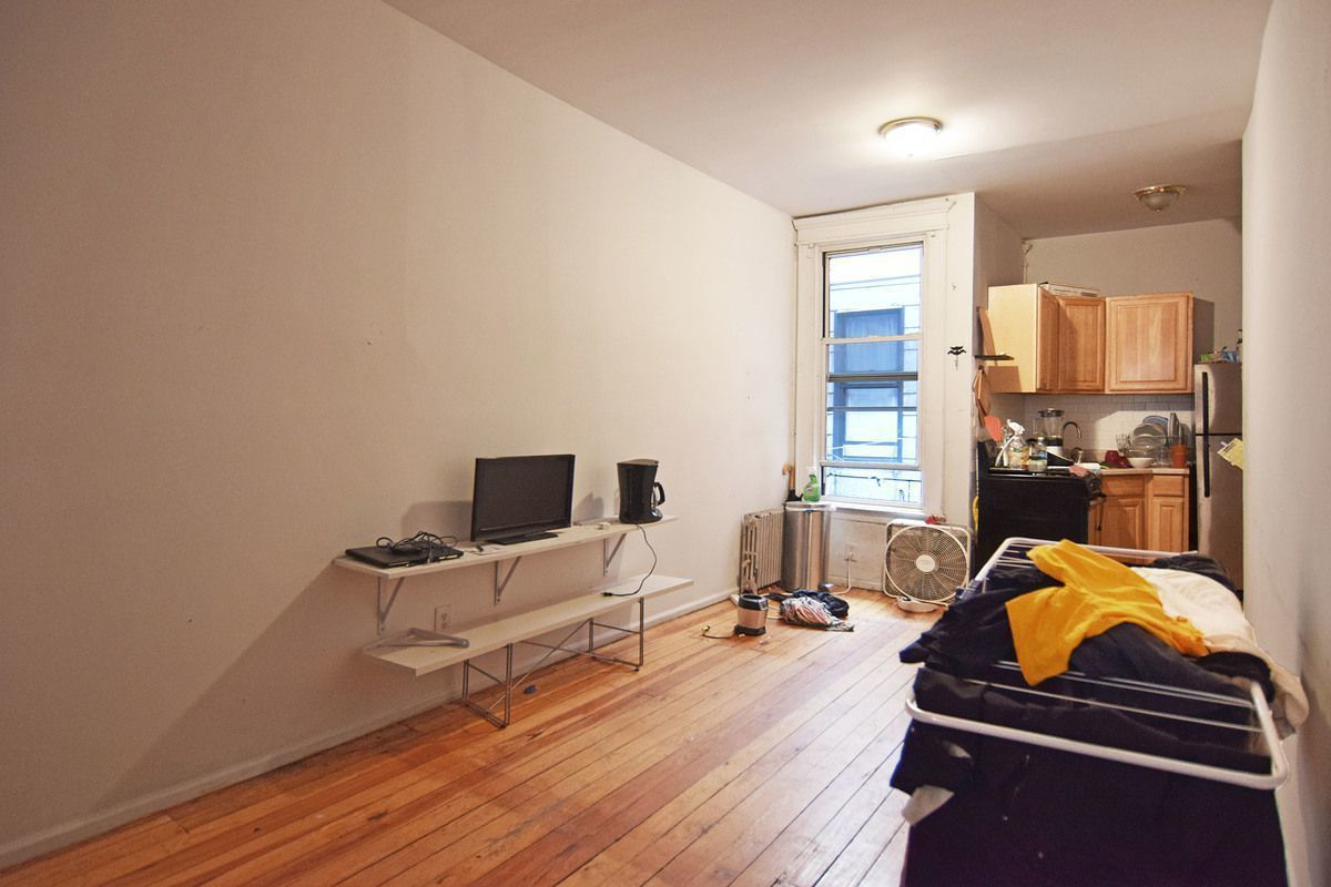 Greenpoint | 4 Bed | 1 Bath