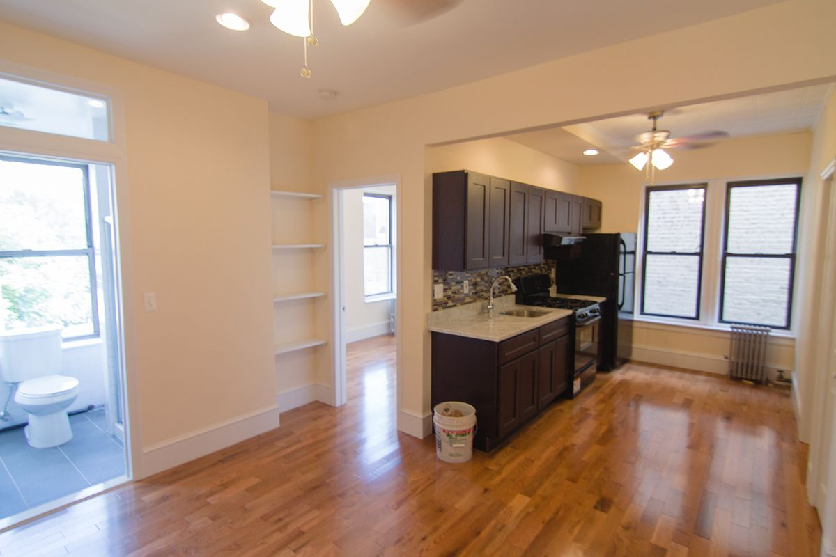 Williamsburg | 2 Bed | 1 Bath