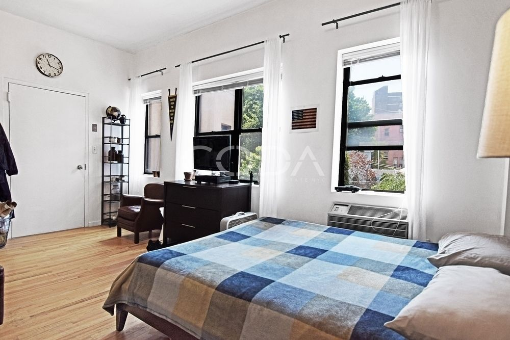 Williamsburg | 1 Bed | 2 Bath