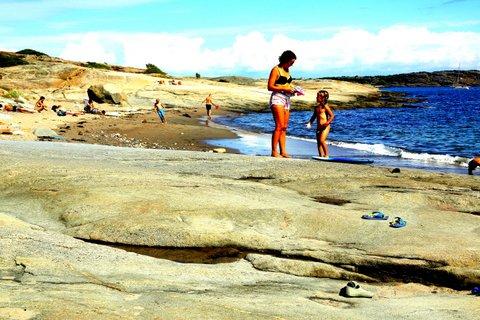 Sommerstemning ved sjøen. Foto @oddroarlange
