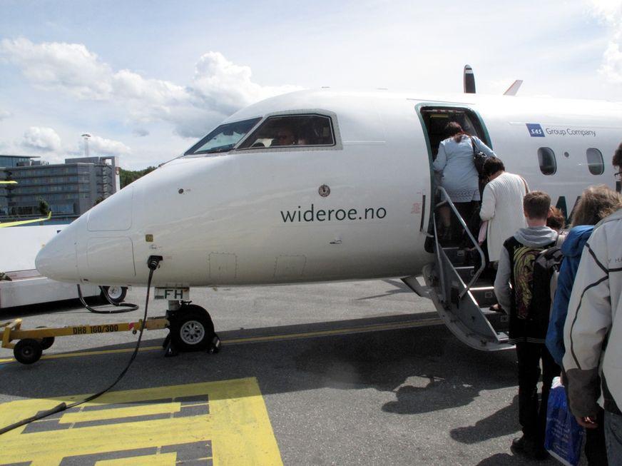 Bedre plass på flyet? Det finnes triks. Følg med på flyskolen. Foto: Odd Roar Lange