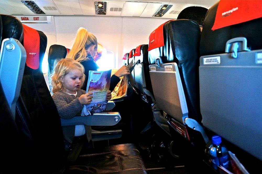 Ikke bli irritert over barn som koser seg på flyreiser :-) Foto: Odd Roar Lange