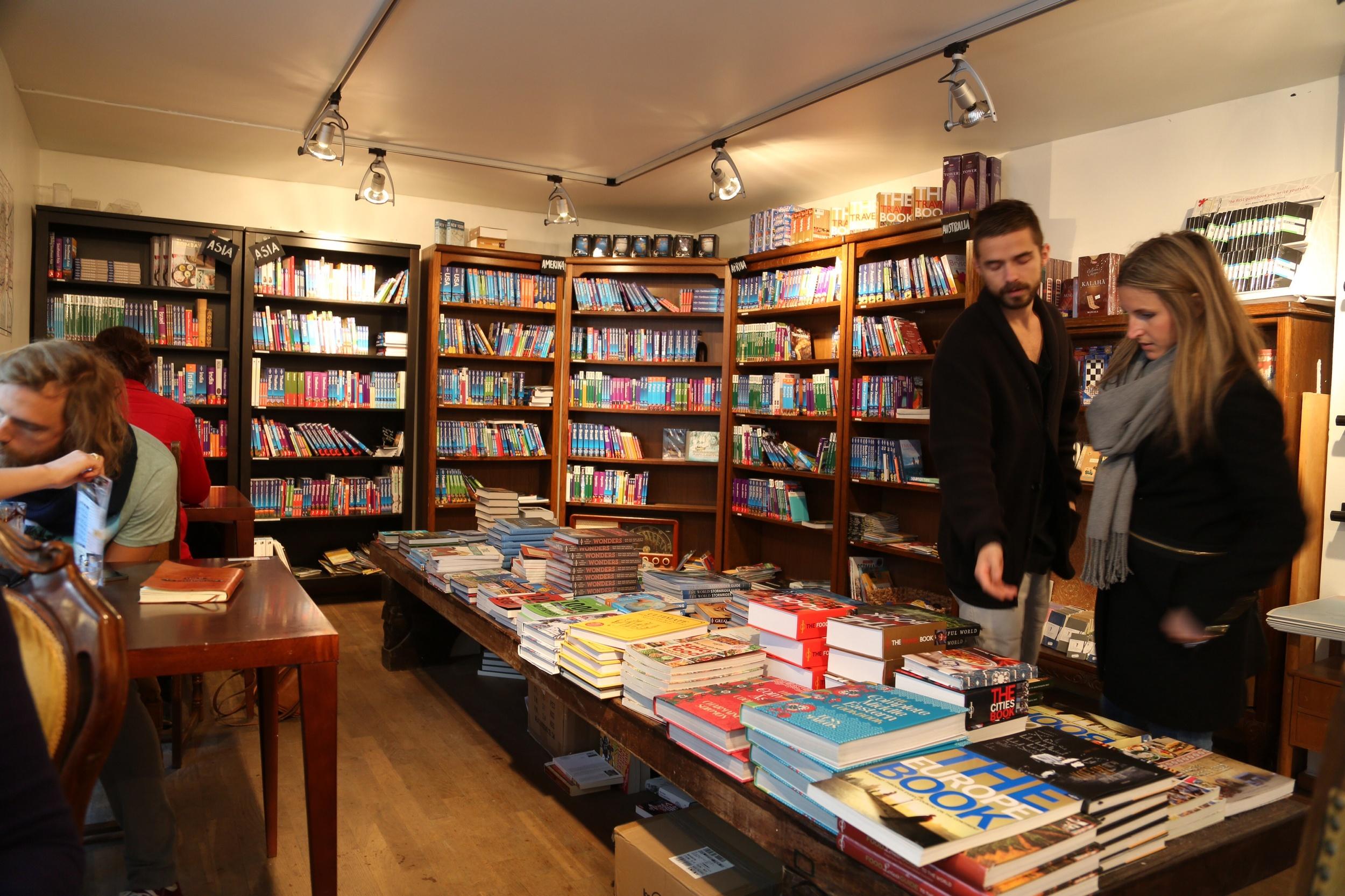 Finn deg en bok på Chill Out. Foto: Odd Roar Lange