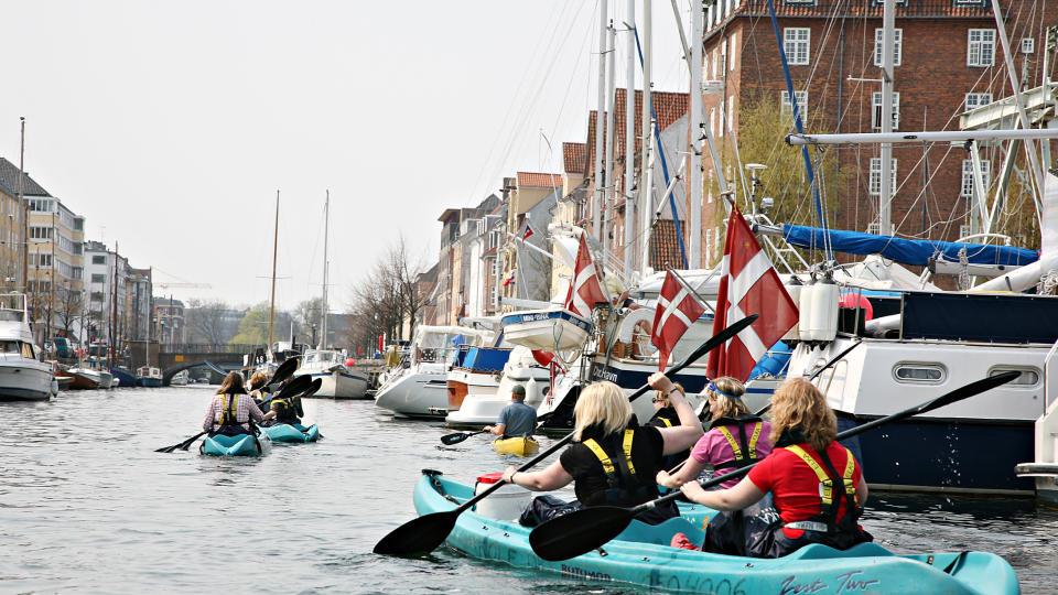 Bli med til København og prøv padling i kanalene. Foto: Odd Roar Lange