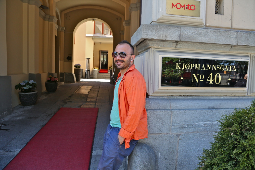 Nazif Tunc driver Bakgården i Trondheim