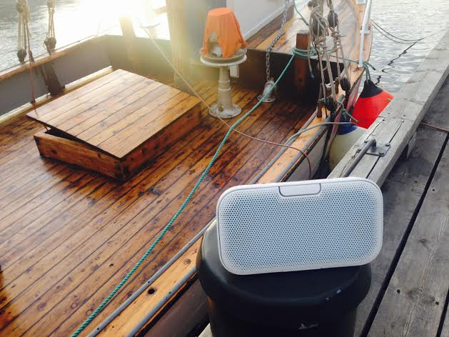 På båttur med Denon Envaya. Foto: Odd Roar Lange