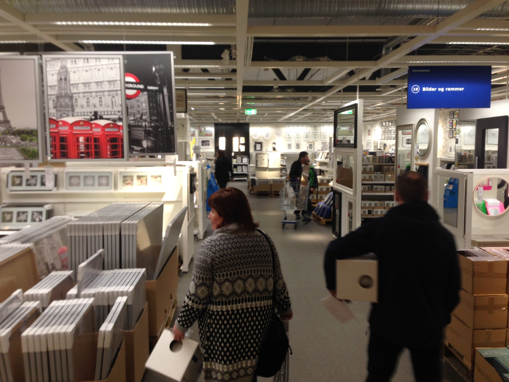 Lørdag på IKEA. Foto: Odd Roar Lange
