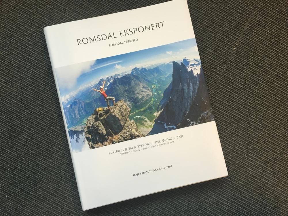 Dette er boka du må skaffe deg dersom du liker flotte bøker om flotte fjellturer. Foto: Odd Roar Lange
