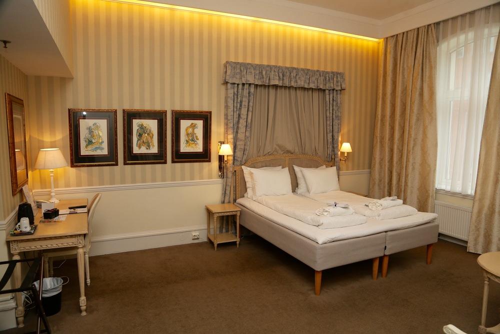 En suite er så utrolig mye bedre enn enkeltrom at det er verd å prøve å få den. Her er en av suitene ved Thon Hotel Britannia i Trondheim. Foto: Odd Roar Lange