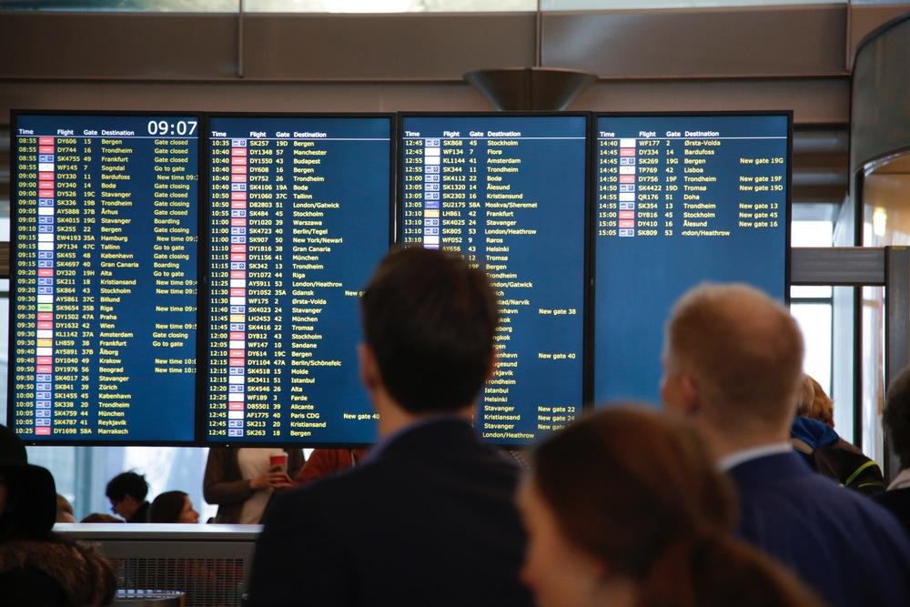 Nå blir det lettere å komme fra utlandsreise og hjem til Norge.          Foto: Odd Roar Lange