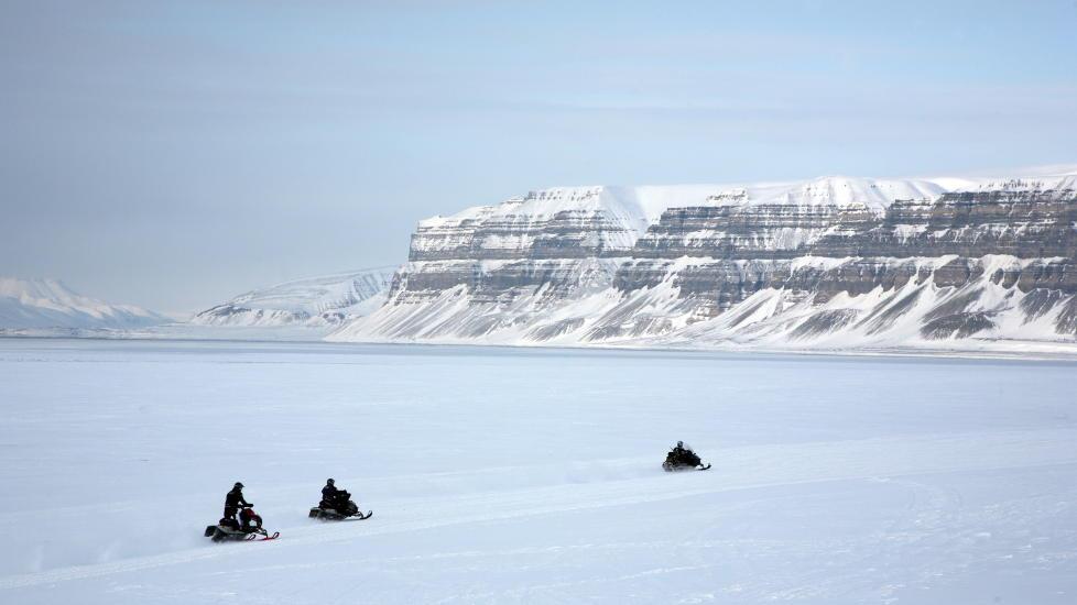 Bli med på snøscootersafari.                               Foto: Odd Roar Lange