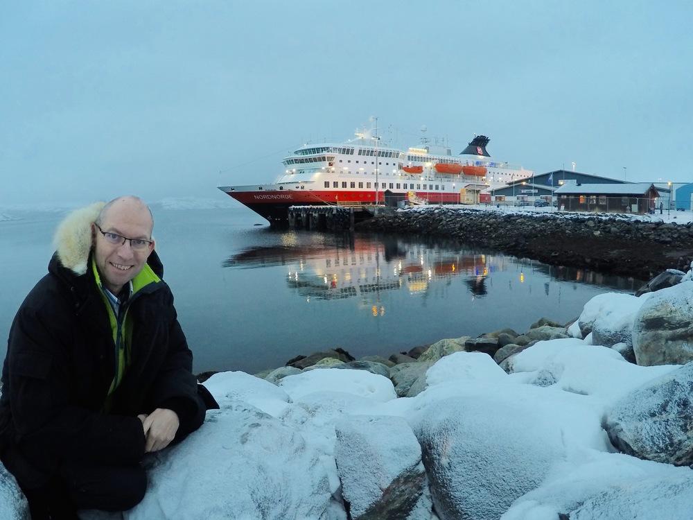 I Kirkenes. Du kommer ikke lenger enn dette med Hurtigruten.      Foto: Odd Roar Lange
