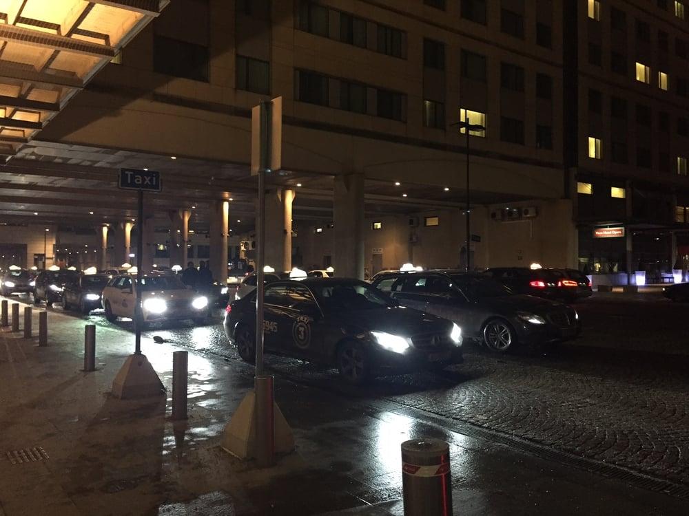 Lettere å få taxi, lettere å betale. Slik blir det i løpet av året. Foto: Odd Roar Lange