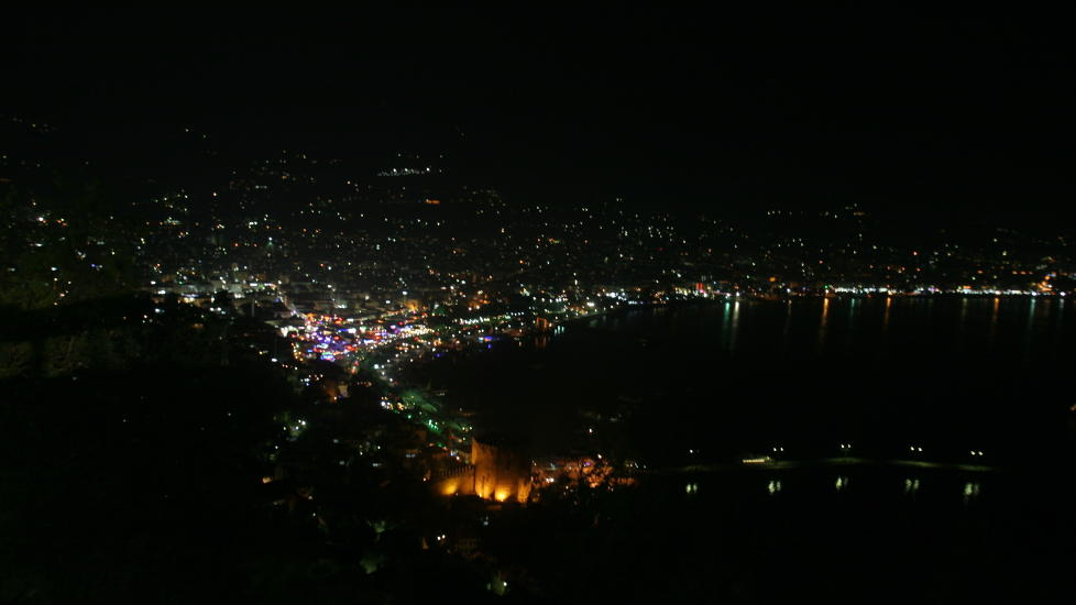 Alanya by night.                                                                                         Foto: Odd Roar Lange
