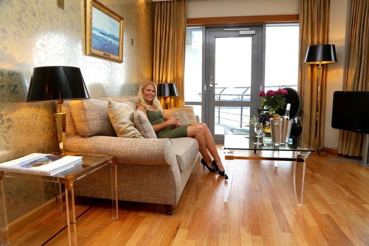 Den gode opplevelsen i suiten på Scandic Seilet Hotel. La luksushelgen begynne. Foto: Odd Roar Lange