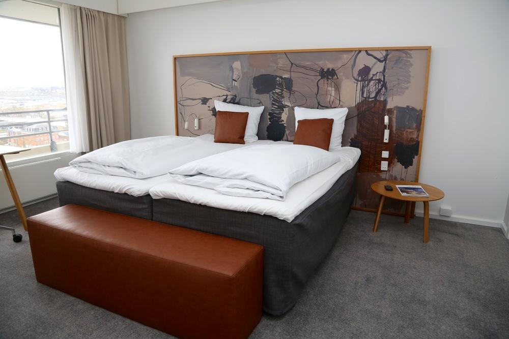 Hva kan du ta med, og hva skal du la ligge på hotellet?               Foto: Odd Roar Lange