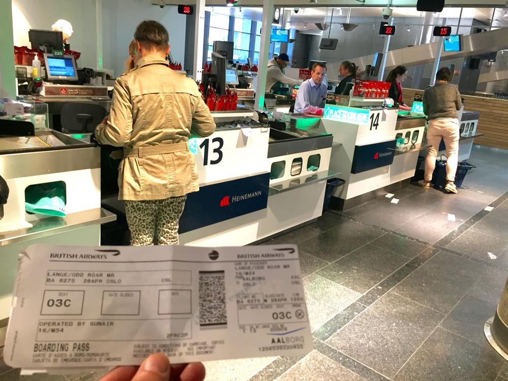 Har du med deg boardingkortet? Det er ikke nødvendig.    Foto: Odd Roar Lange