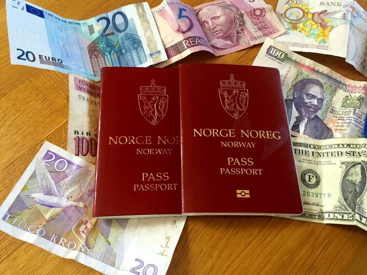Husk å sjekke om passet ditt er gyldig før du drar på ferie.          Foto: Odd Roar Lange