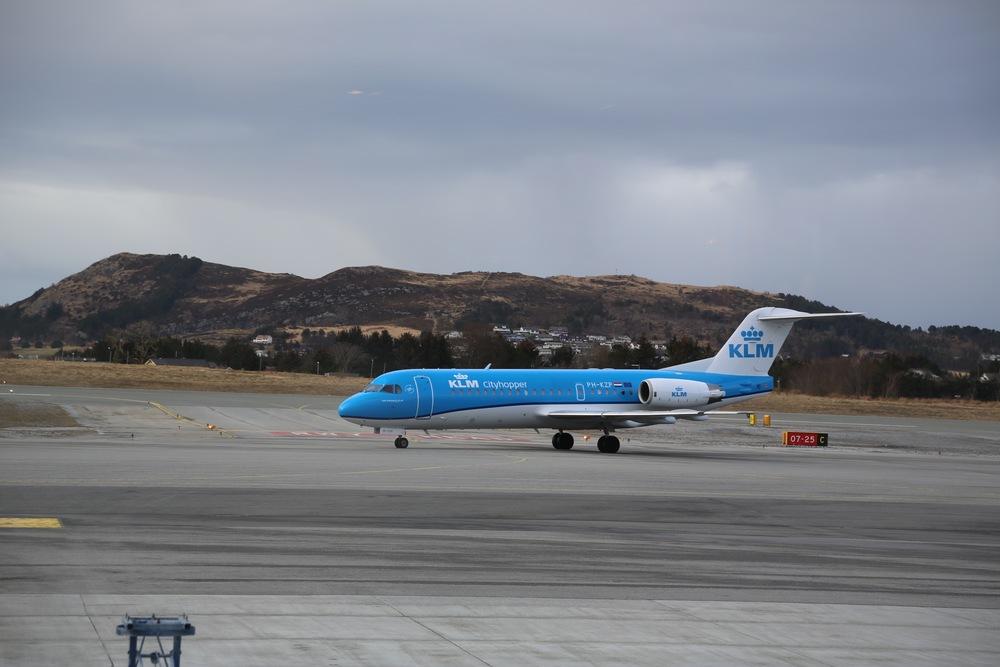 Ålesund Lufthavn Vigra er en av flyplassene som kan bli rammet av streik. Foto: Odd Roar Lange