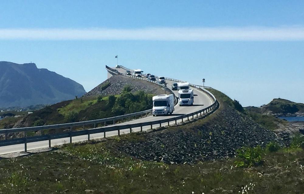 Prøv en biltur på Europas fineste bilveg.           Foto: Odd Roar Lange