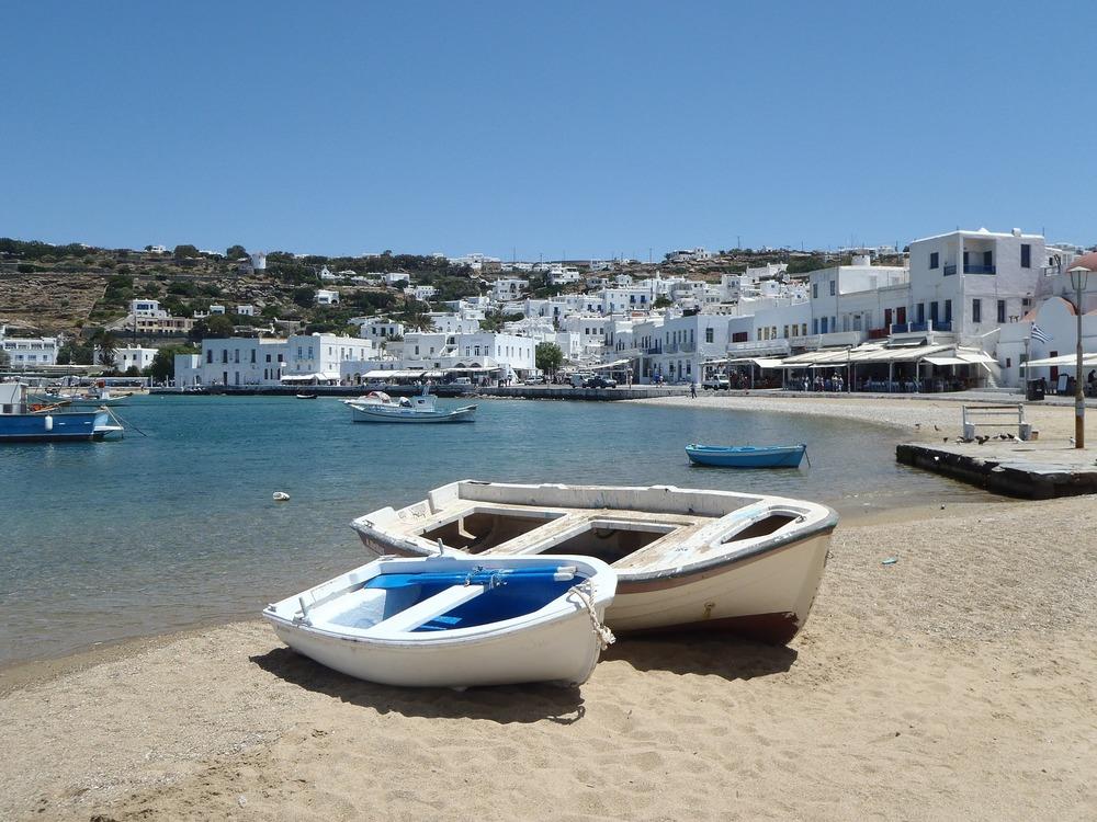 Når du ferierer i Hellas etter 1. august kan du selv velge om du vil betale med kort eller kontant.