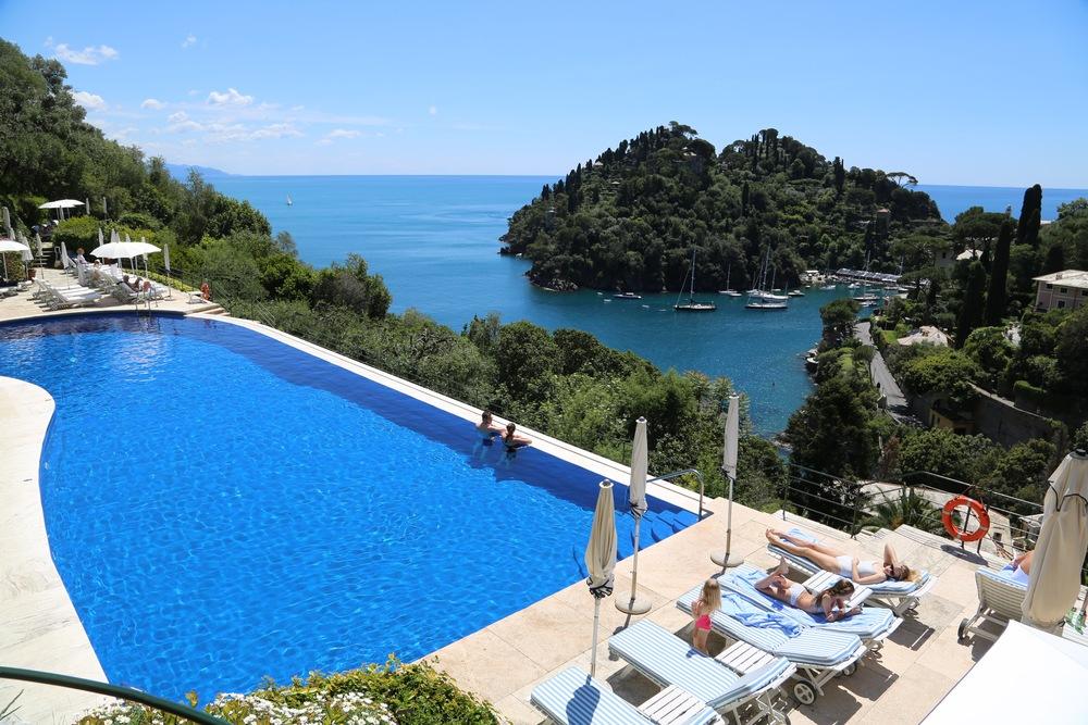 Drømmer du om en sommerferie som dette. Da bør du bestille når sola skinner. Foto: Odd Roar Lange