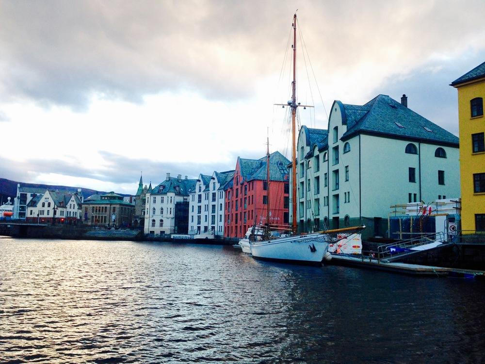 Nye ledelse i Møre og Romsdal Reiseliv skal styre skuta videre.  Foto: Odd Roar Lange