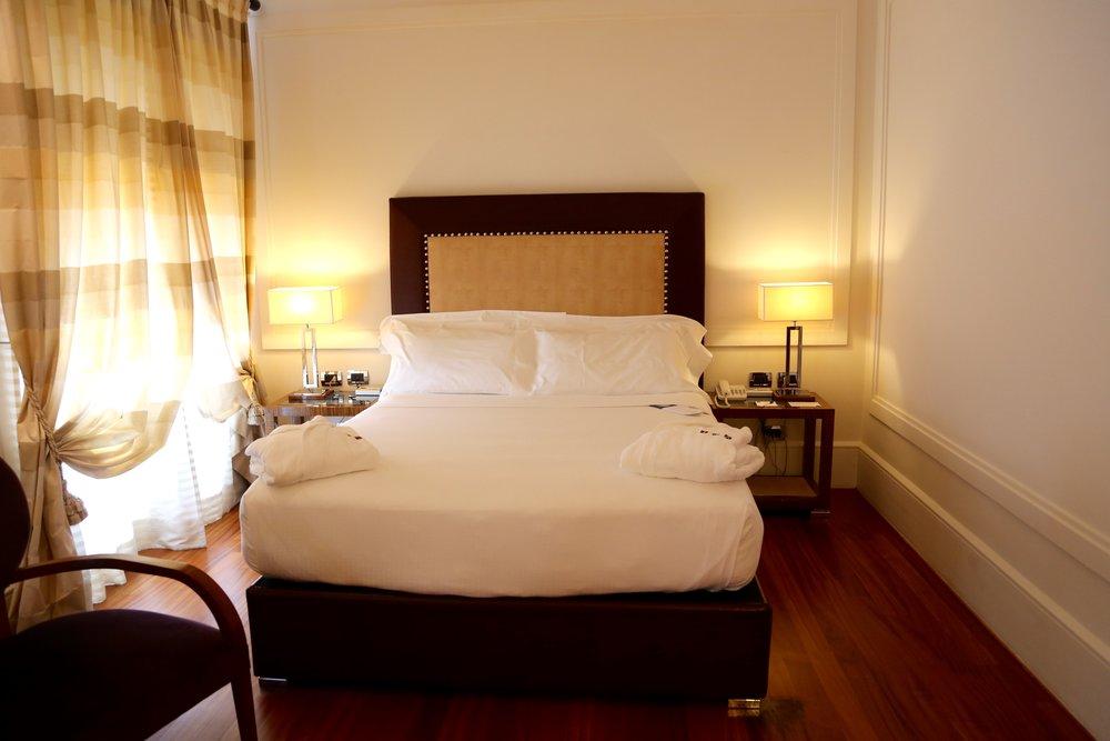 Gode senger og god service. Det er et par av de gode sidene ved Una Hotel Roma. Foto: Odd Roar Lange