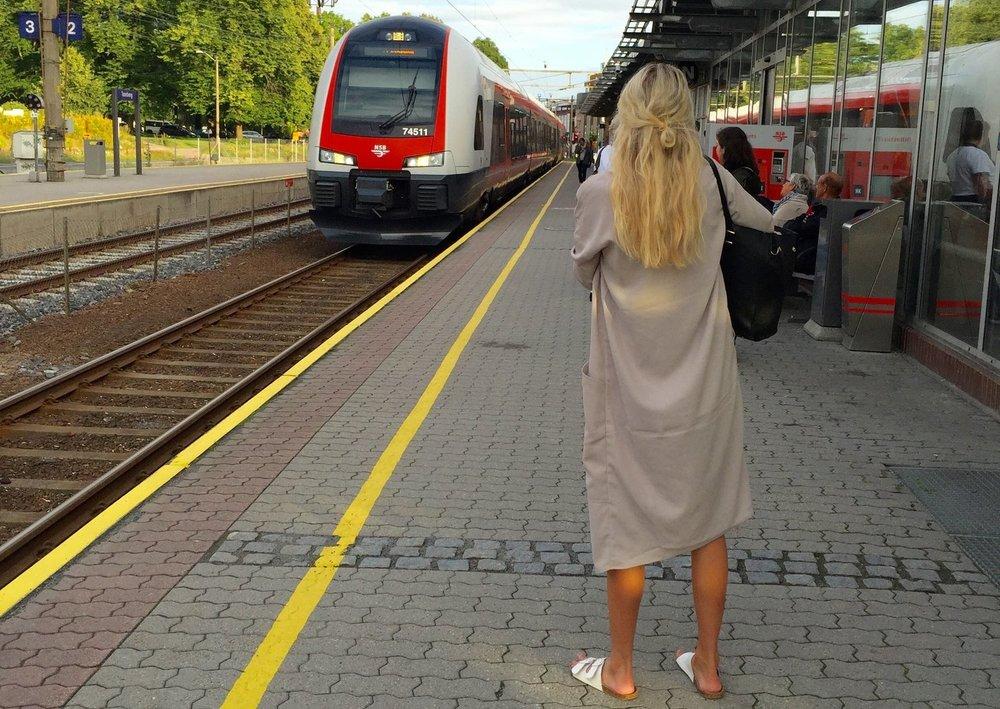 Venter du på toget?                                      Foto: Odd Roar Lange