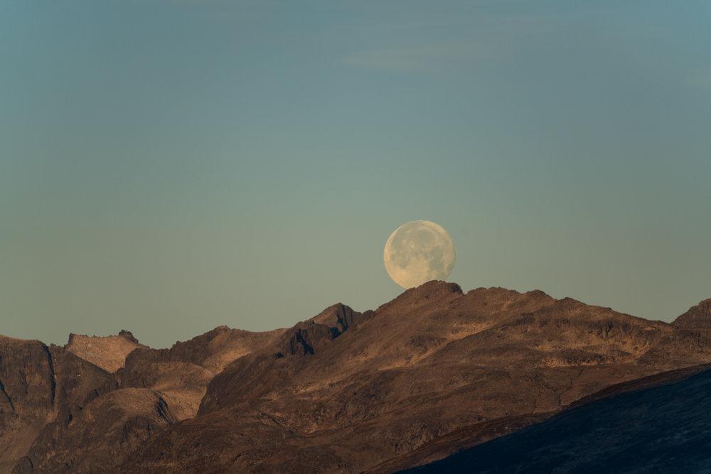 Så kan du prøve deg som månefotograf.      Foto: Ole Salomonsen/Sony/Thetravelinspector