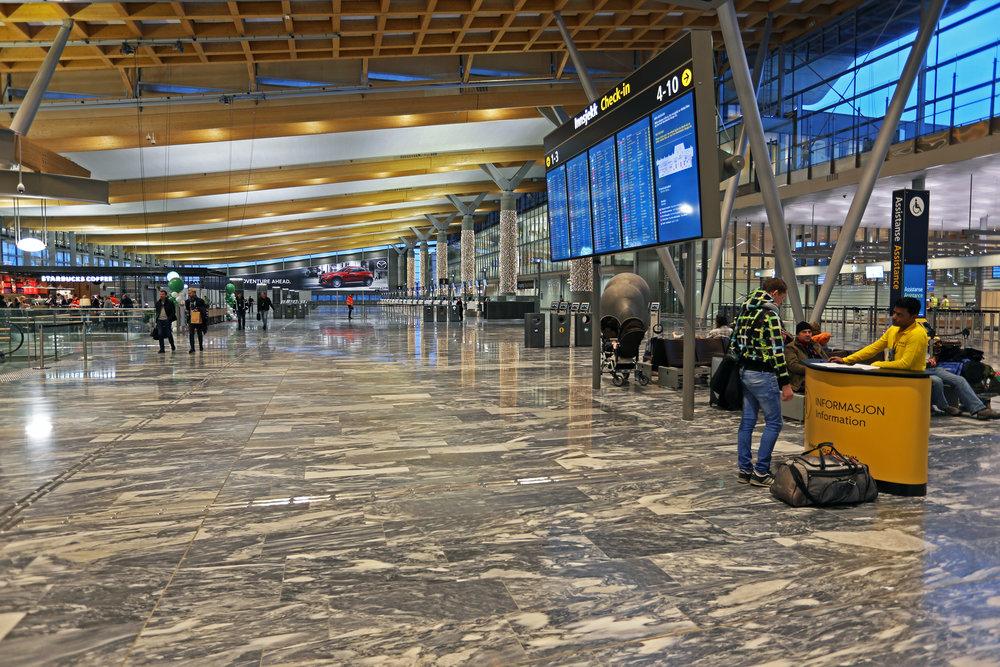 Nå må du følge skiltingen, ikke reise på gammel vane.     Foto: Avinor Oslo Lufthavn