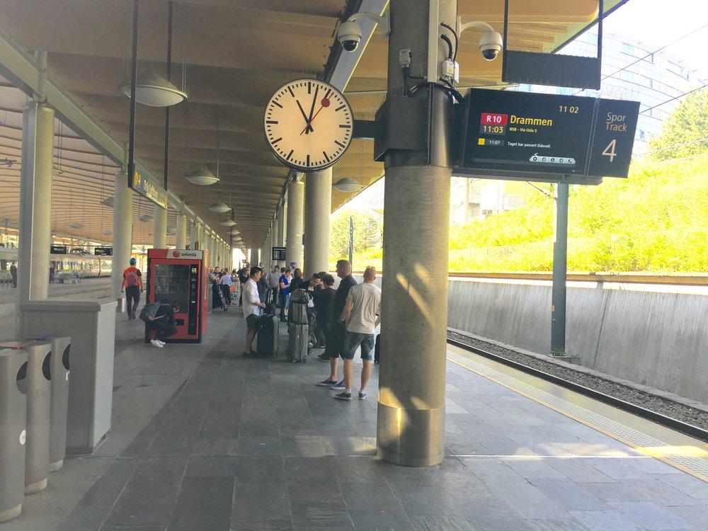 Husk å sjekke de nye togtidene før du reiser.       Foto: Odd Roar Lange