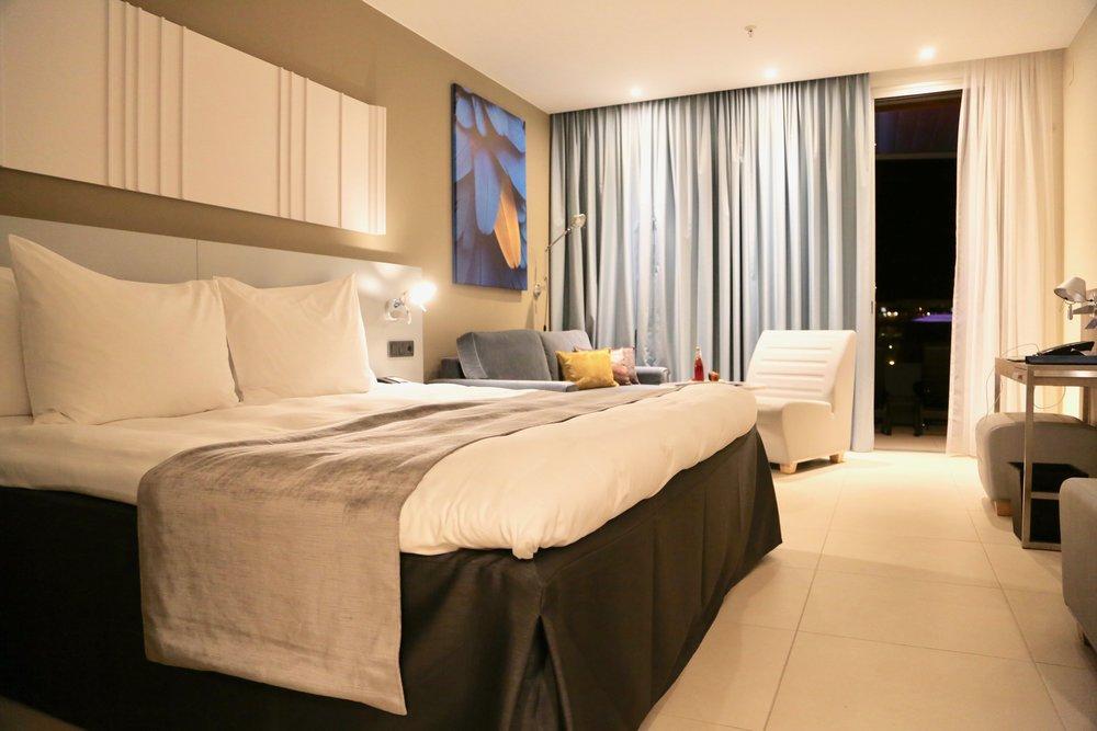 Bort med avtalene: Hotellene inngikk avtaler med bookingselskapene som er til ulempe for deg som gjeste                                  Foto: Odd Roar Lange