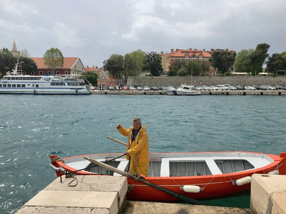 boat-man-zadar-thetravelinspector
