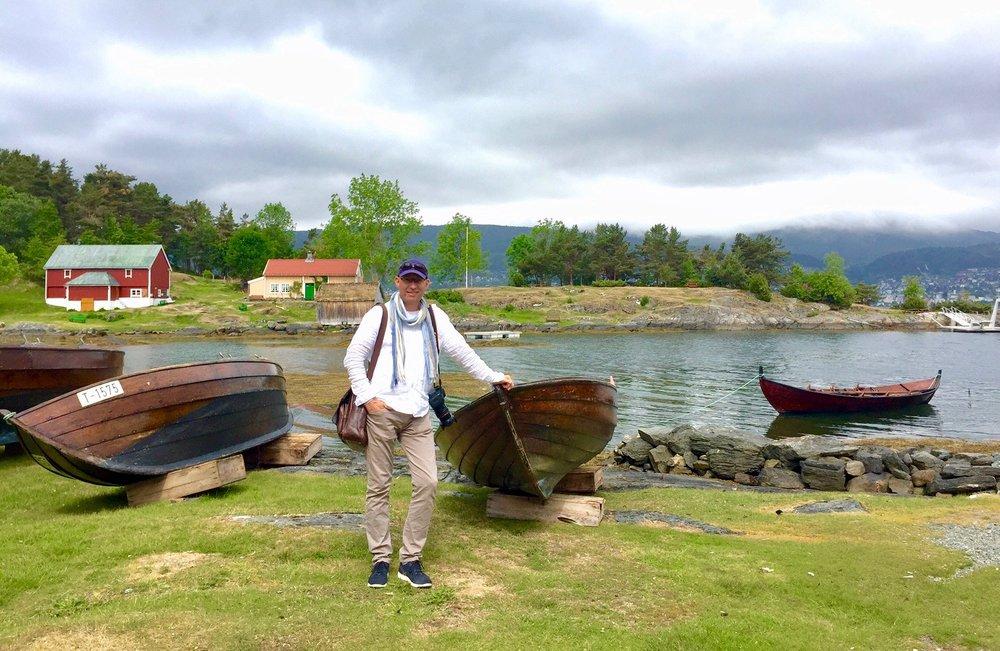 Hjertøya er en av Moldes aller fineste perler. Her er også en 5 km lang merket tursti. Ta turen hit i sommer om du kan.