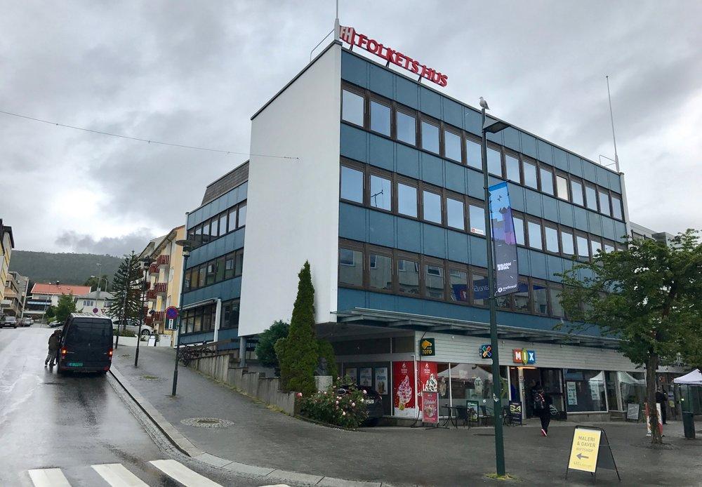Storsalen på Folkets Hus i Molde lå i øverste etasje. Den endte i en sang. Foto: Odd R. Lange
