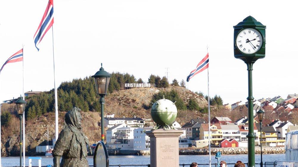 Velkommen til Kristiansund.                    Foto: Odd Roar Lange