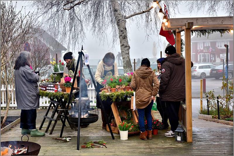 Fra julemarkedet på Hvaler.                      Foto: Walter Schøffthaler