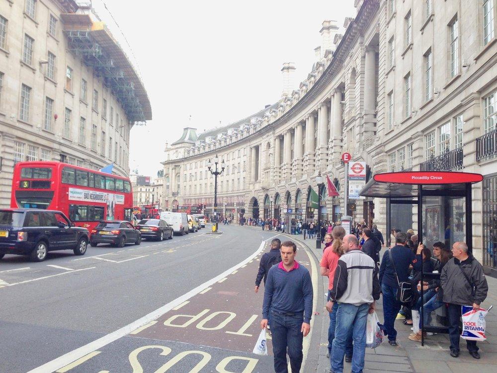 Ikke bruk pengene dine i Regent street. Foto: Odd Roar Lange
