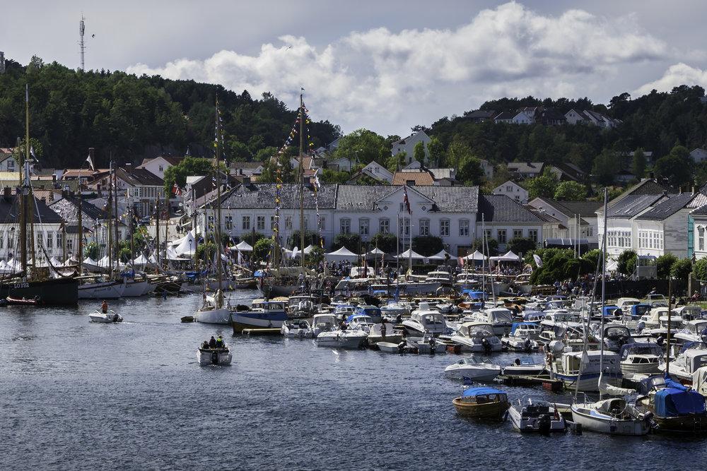 Er du klar for en sommertur til Risør?                       Foto: De Historiske