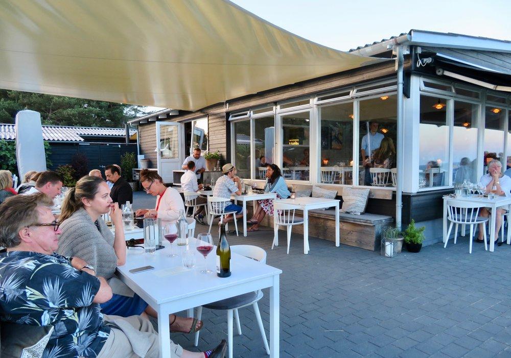 Kadeau på Bornholm er en deilig sommerrestaurant med veldig god mat. Og fortsatt en stjerne. Foto: Odd Roar Lange