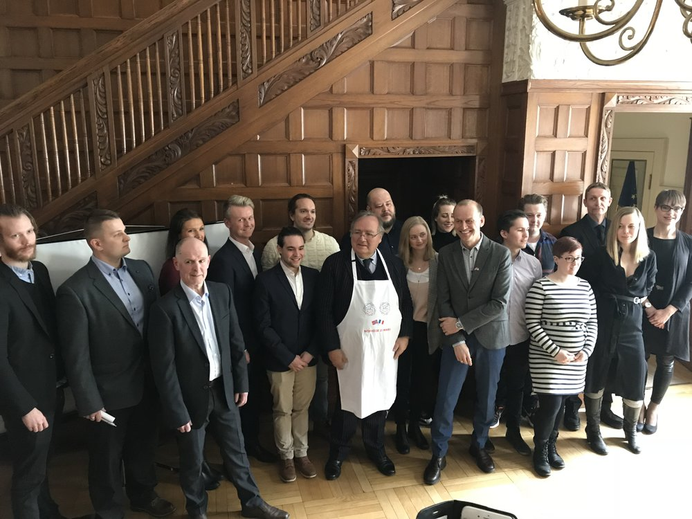 Noen av de norske restaurantene var på plass da den franske ambassadøren presenterte deltagerne.                                   Foto: Odd Roar Lange
