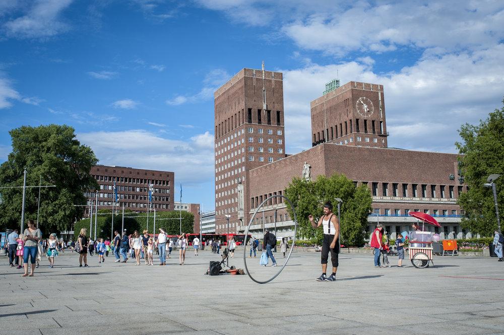 Oslo-rådhus_Foto_VisitOSLO_Thomas_Johannessen.jpg