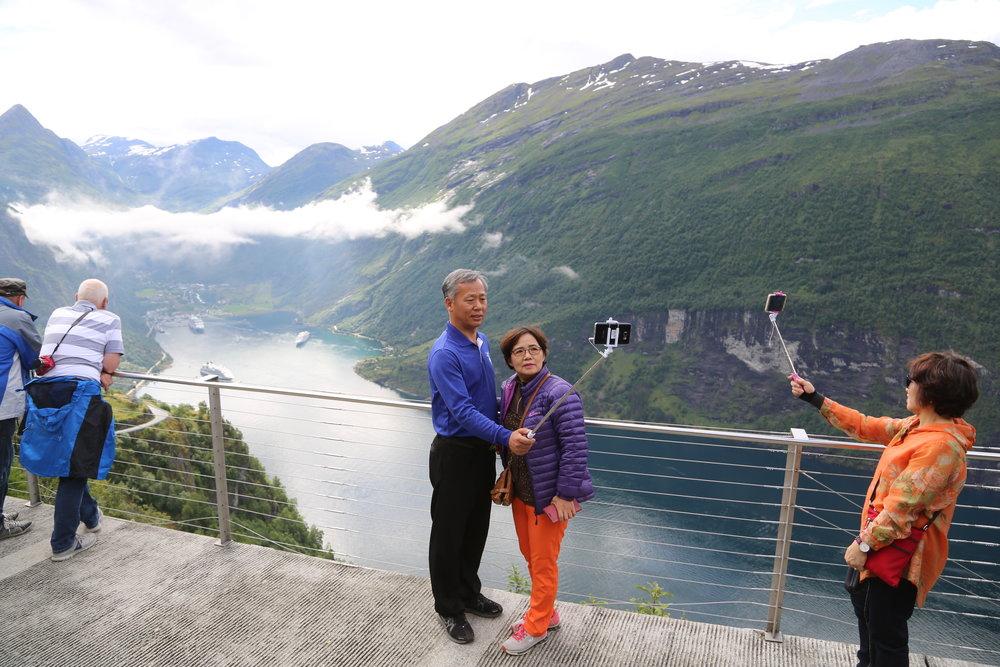 Bølgen: De første lille bølgen kinesiske turister er kommet til Norge. Foto: Odd Roar Lange