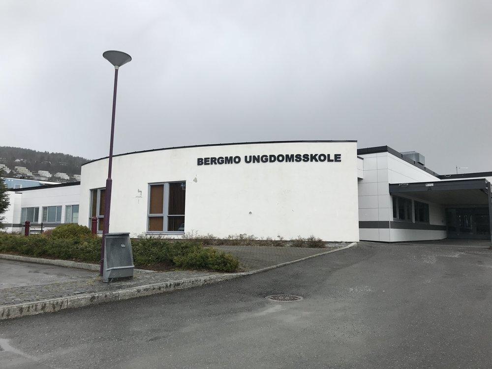 Bergmo ungdomsskole - har også sin egen gymsal.  Foto: Odd Roar Lange