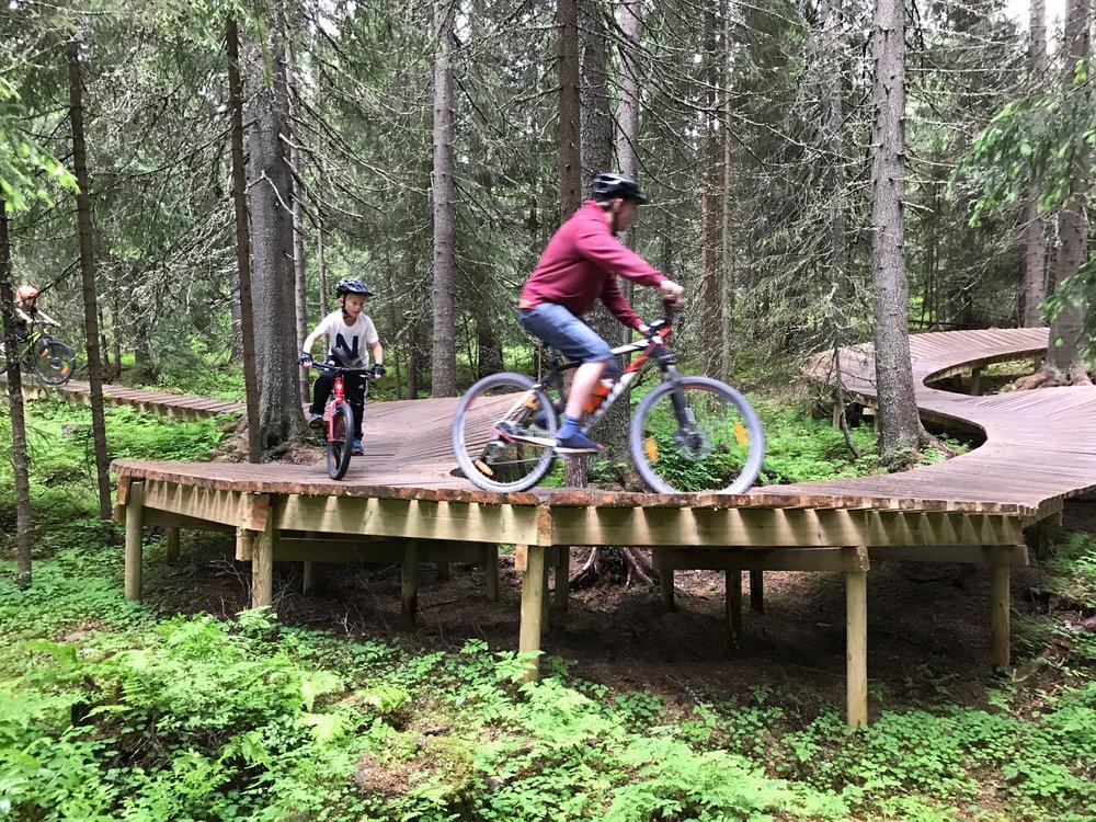 Trysil har sykkelløyper like ved klatreparken.            Foto: Odd Roar Lange